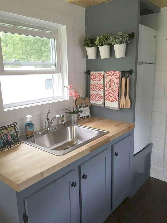 70 Brilliant Small Apartment Kitchen Decor Ideas 52 Coachdecor Com