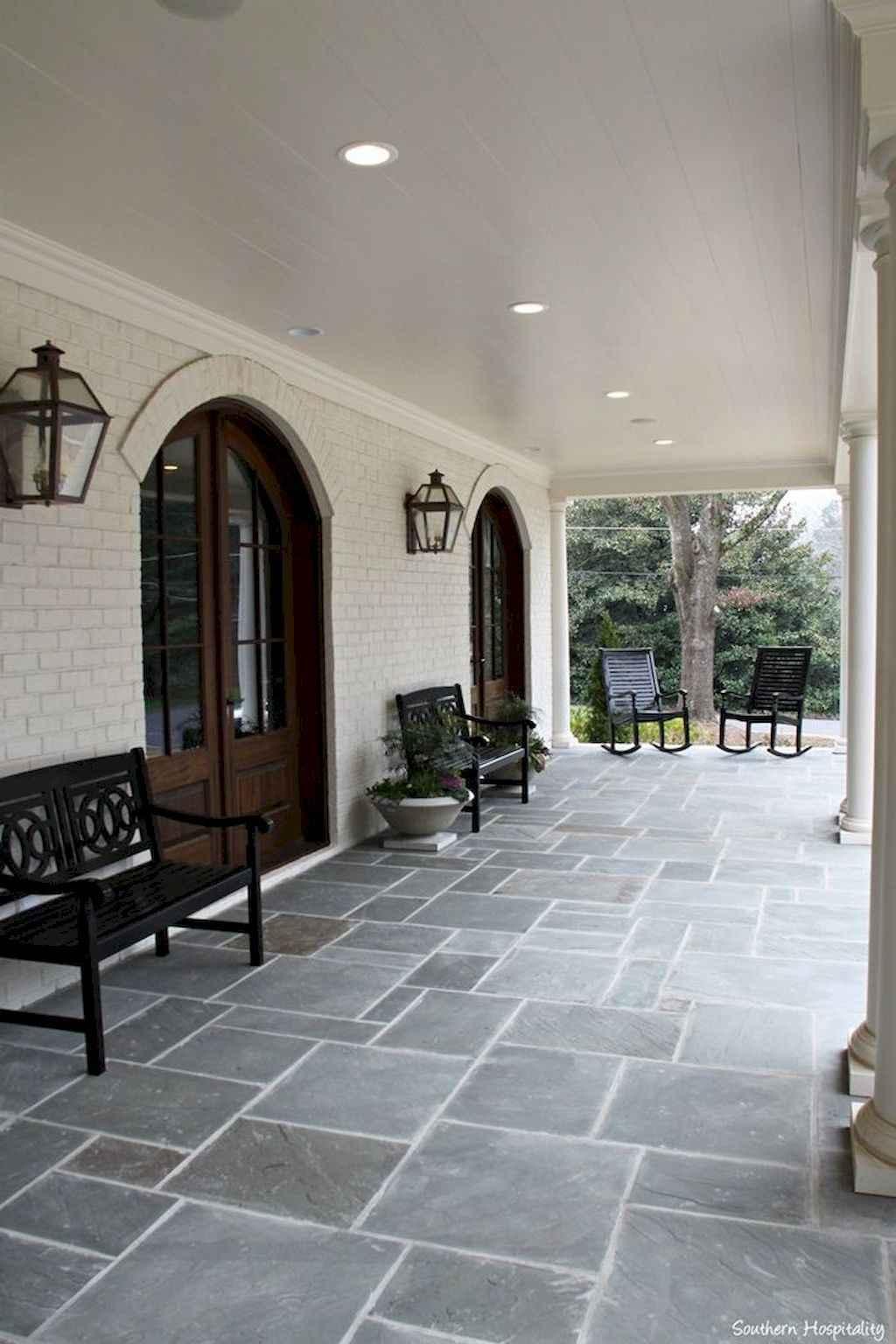 110 Beautiful Farmhouse Porch Decor Ideas (77)