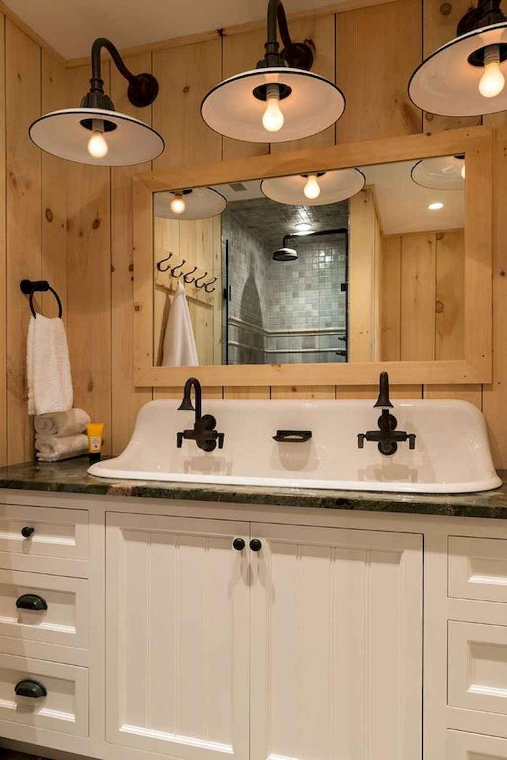 110 Fabulous Farmhouse Bathroom Decor Ideas 71