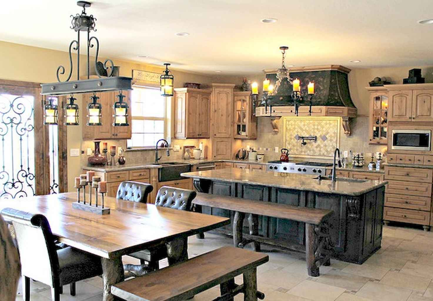 80 Modern Farmhouse Kitchen Lighting Decor Ideas and Remodel (58)