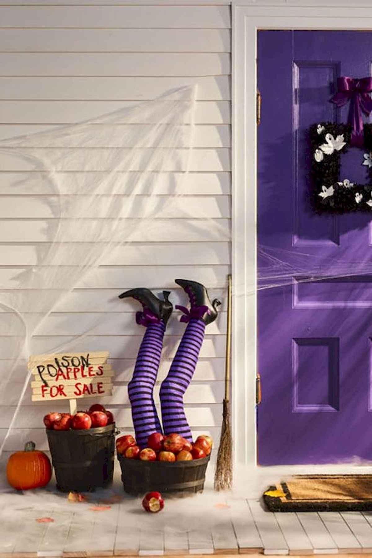 25 Creative Halloween Door Decorations for 2018 (18)