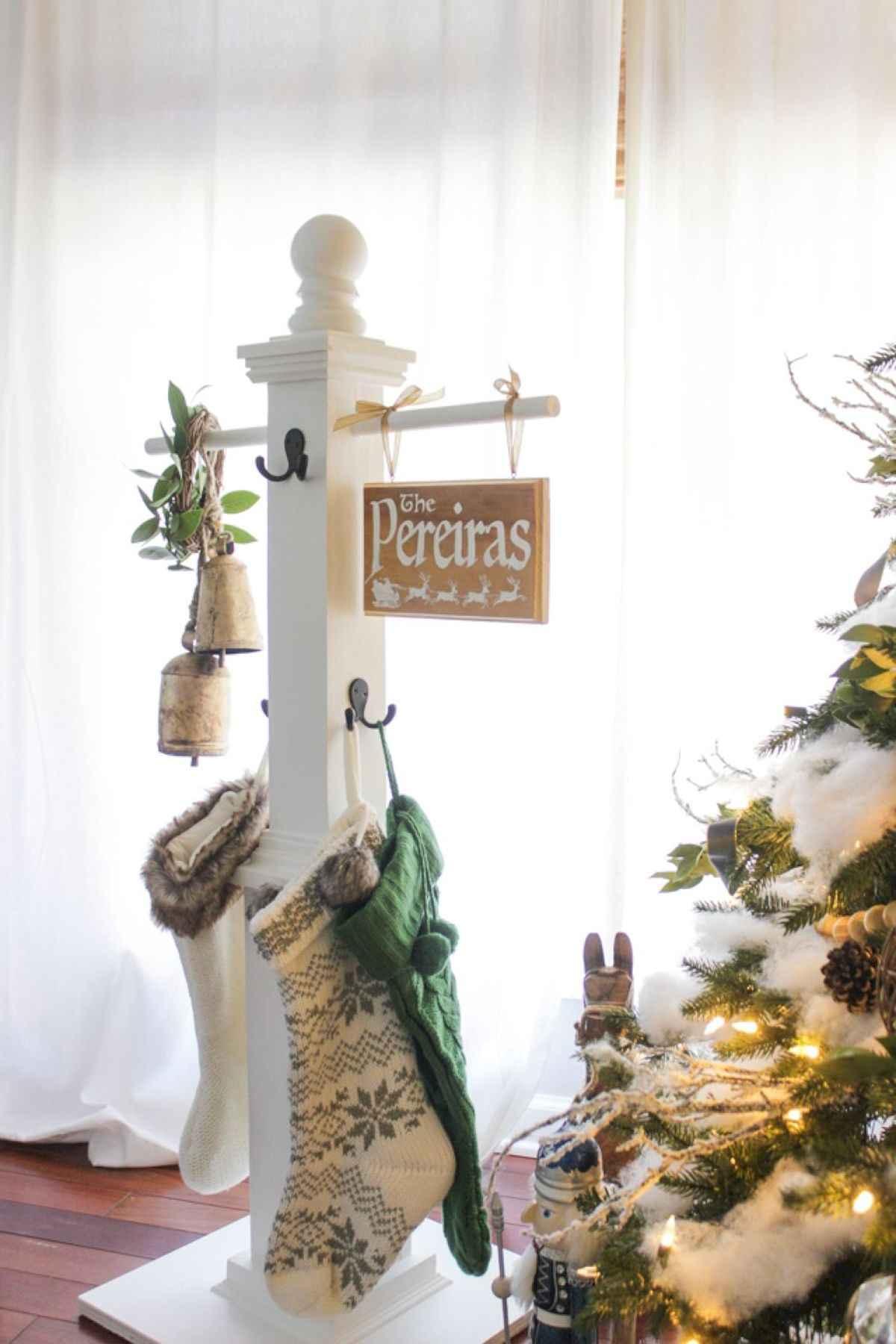 ... 1200 × 1800 in 60 Best Farmhouse Christmas Decorating Ideas ...