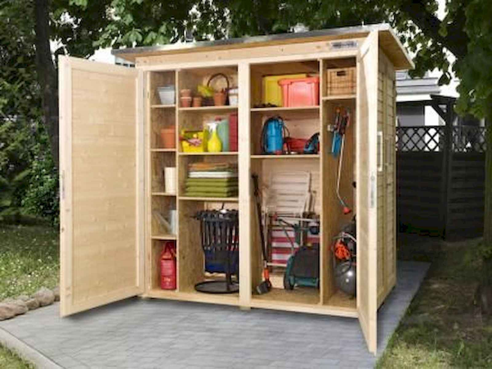 25 Awesome Unique Small Storage Shed Ideas for your Garden (22)